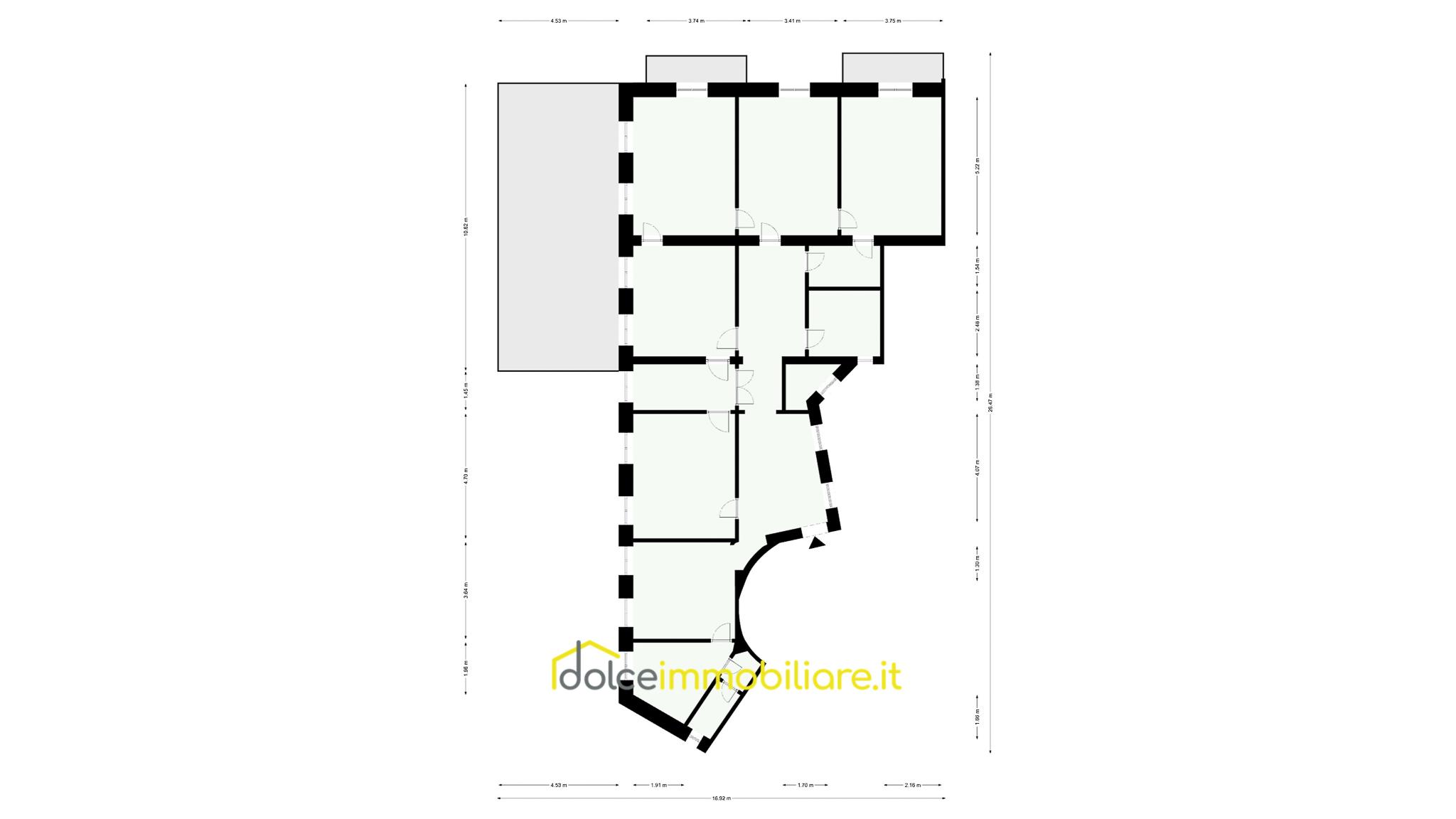 Centro Città – appartamento 12 vani da ristrutturare